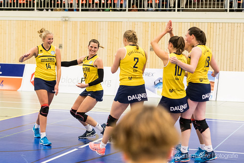 "3. Heimspiel vs. Volleyball-Team Hamburg • <a style=""font-size:0.8em;"" href=""http://www.flickr.com/photos/88608964@N07/32776829416/"" target=""_blank"">View on Flickr</a>"