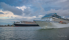 'Queen Mary 2' and 'Sirena' (idunbarreid off / on) Tags: luxury liners