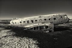 "United States Navy Douglas Super DC-3 <a style=""margin-left:10px; font-size:0.8em;"" href=""http://www.flickr.com/photos/128055273@N03/33241886765/"" target=""_blank"">@flickr</a>"