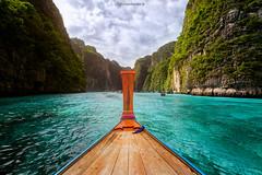 Ko Phi Phi Leh @ Thailand (higordepadua) Tags: red thailand kophiphi island andamansea boat sea crystalclear water longtail luminositymasks paradisiacal beach mayabay nature beautiful