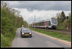 ABRN ET 25.2304 - 20027 (Spoorpunt.nl) Tags: 15 april 2017 abelio rail nederland flirt et 25 2304 trein 20027 elten opel corsa 1986