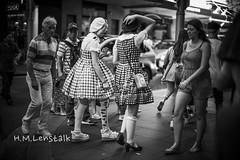 HML09563 (h.m.lenstalk) Tags: noctilux 50mm f095 oz aussie australia australian street sydney noctiluxm 50 095 black white people urban life city 109550 asph leica m 240