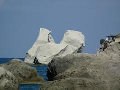 P1020539 (garfieldodies) Tags: mare scogli ischia sea degli innamorati