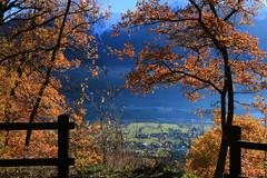 Val d'Aosta - Castello di Quart, luci autunnali (mariagraziaschiapparelli) Tags: valdaosta camminata castelli castellodiquart quart autunno allegrisinasceosidiventa