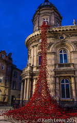 Weeping Window  Hull Victoria Square (keithhull) Tags: weepingwindow hullcityofculture2017 instillation victoriasquare maritimemuseum poppies art hull hull2017 noflash