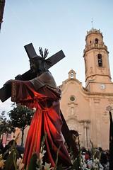 VÍA CRUCIS (Xaviort) Tags: vinyolsielsarcs canon procesión viernessanto imagen