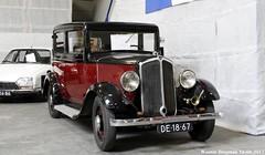 Renault Monaquatre YN1 1933 (XBXG) Tags: de1867 renault monaquatre yn1 1933 noordhollands oldtimerfestival 2017 hem venhuizen nederland holland netherlands paysbas vintage old classic french car auto automobile voiture ancienne française vehicle indoor