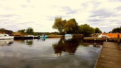 2017-04-23_01-31-18 (madmax557) Tags: mobilephone cellphone smartphone beccles eastanglia england suffolk boats boating river rivers waterways water