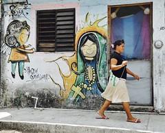 Smiles (Rob Sneed) Tags: mexico sanmigueldecozumel cozumel street art streetart urbex urban residence home casa