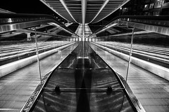Down stairs ! (jo.misere) Tags: luik guillemins calatrava station architectuur bw zw