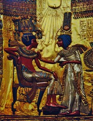 Trono Tut Ankh mon - Detalle (Luis Bermejo Espin) Tags: luisbermejoespín travel africa egipto egiptología egiptólogos egypt antiguascivilizaciones antiguoegiptp culturasantiguas culturaegipcia arqueología arqueólogos excavacionesarqueológicas museosdelmundo museos tumbas faraones momias pirámides templos tesoros tesorodetutankhamon tutankamón faraón
