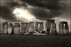Stone Henge (Luke Hanna) Tags: bw white black monument stone bronze standing stones age wiltshire prehistoric neolithic henge earthworks enland goldenart