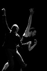 Tutta la vita dell'anima umana è un movimento nella penombra -  Fernando Pessoa, Il libro dell'inquietudine (thescourse) Tags: life bw canon dance bn soul biancoenero dimlight blackandwithe penombra canoniani ef135mmf20 canoneos5dmkii eos5dmkii tuttalavitadell'animaumanaèunmovimentonellapenombra fernandopessoaillibrodellinquietudine