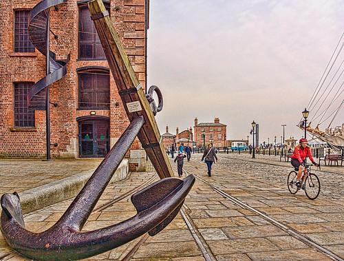 uk greatbritain england urban liverpool cyclist anchor hdr albertdock merseyside merseysidemaritimemuseum hmsconway
