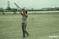 Thaidmaven2 (chilittlewolf) Tags: beach hoop model atlanticcity juggling hoops hooper thaidmaven
