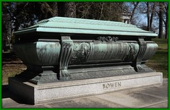 Woodlawn Cemetery: Lemuel Bowen Sarcophagus--Detroit MI (pinehurst19475) Tags: city cemetery grave businessman bronze michigan detroit architect frame bowen sarcophagus patina woodlawn woodlawncemetery graveart lemuelbowen philippecret