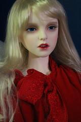 Elysia (bronzephoenix) Tags: red riding trinity hood elysia rrh dollmore lusion