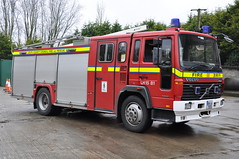 Louth County Fire & Rescue Service 1999 Volvo FL6 14 E-One WrL 99LH7575 (Ex West Yorkshire V836 LUM) (Shane Casey CK25) Tags: county blue red 2 rescue west ex station truck fire lights hotel 1 volvo lima yorkshire 14 15 1999 lorry fireman service fireengine firestation flashing emergency firefighter ff tender appliance louth brigade firebrigade lum sirens dundalk eone wrl fl6 v836 99lh7575