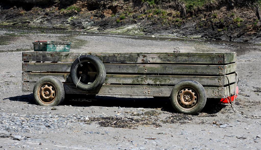 Beach truck, Abercastle