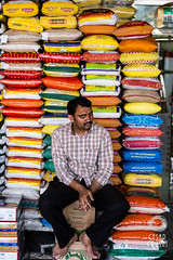 Selling (Crusat) Tags: persona dubai fishmarket