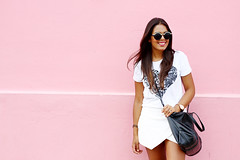 Silver Detail (Photos by NM) Tags: street pink girl fashion wall canon fun puerto photography 50mm blog photoshoot graphic photos top style blogger rico zara named skort nydia canon7d whatitwore