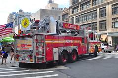 FDNY Ladder 24 (Triborough) Tags: nyc newyorkcity ny newyork manhattan firetruck midtown fireengine ferrara ladder fdny ffa newyorkcounty ladder24 newyorkcityfiredepartment