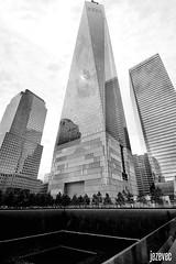 2014-07-32- 621 Ground Zero EDIT (Badger 23 / jezevec) Tags: new york newyorkcity newyork history skyscraper 911 july groundzero nuevayork 2014 freedomtower نيويورك ньюйорк нюйорк νέαυόρκη ньюёрк ኒውዮርክከተማ ܢܝܘܝܘܪܩ নিউইয়র্কসিটি горадньюёрк ནེའུ་ཡོར་ཀ། ньюйоркхото çĕнĕйорк dinasefrognewydd neiyarrickschtadt