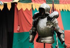 Rest your hands (O.I.S.) Tags: fight knights swords ritter kampf mittelalter schwerter mittelalterspektakel