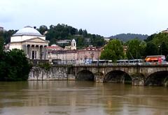 Lungo il Po a luglio - Torino (ikimuled) Tags: po pioggia murazzi centroest