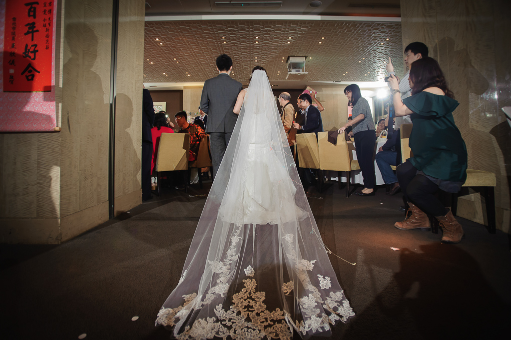 wedding day,婚攝小勇,台北婚攝,晶華,台北國賓,台北國賓婚宴 ,愛瑞思,Miko,新秘,-076