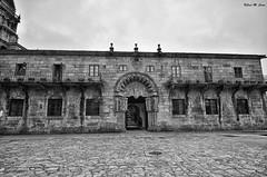 Colegio de San Jerónimo (Jose Manuel Cano) Tags: colegio bn bw sanjerónimo santiago galicia españa spain ciudad town piedra stone nikond5100