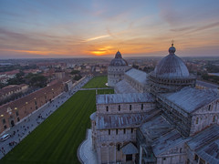 Top of Leaning Tower pisa (Wizard CG) Tags: pisa tuscany italy leaning tower cathedral piazza dei miracoli outdoor baptistrybell sun set epl7