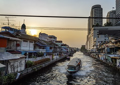 Khlong Mahanak (TigerPal) Tags: bangkok thailand khlongmahanak khlong canal boat ferry riverbus sunset city channel transporation