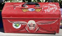 Nanette's Toy Box (bballchico) Tags: nanettestoybox toolbox pinstripe carart skull lettering flyingeyeball artmetal carshow gnrs2017