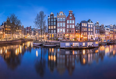 Amsterdam (lavignassey) Tags: amsterdam panorama city ville cityscape architecture house maison channel canal blue hour