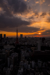 Tokyo sunset (HAMACHI!) Tags: tokyo 2017 japan aprilfool tokyotower sunset dusk twilight