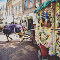 #project365 day98 (gabrielgs) Tags: rijswijk market thenetherlands dutch barrelorgan draaiorgel project365