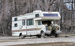 Motorhome With Engine-ectomy (Eyellgeteven) Tags: dodge mopar chrysler junk junker jalopy beatup beater 1980s motorhome destroyed damage damaged cut sawzall chopped gutted van odd abandoned rust 1ton ripped americanmade madeinusa truck forgotten outtopasture vintage vehicle classic old autowrecking junkyard eyellgeteven used weird wtf unusual ugly