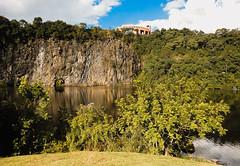 Parque Tanguá (fabiobabinski) Tags: curitiba parque tanguá paraná lago lake mountain rock pedra