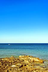 Over the horizon (Andrea Novello) Tags: marzamemi pachino siracusa syracuse sicily sicilia italy italia light bright beautiful sunny summer estate