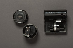 CZ turret finder versus KMZ turret finder (siimvahur.com) Tags: carl zeiss jena turret finder carlzeissjenaturretfinder carlzeissturretfinder kmz carlzeiss universalfinder