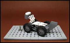 Snow Leopard (Karf Oohlu) Tags: lego moc microscale trophyfigure nanofig vehicle snowvehicle snowleopard