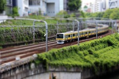 Modèle réduit (StephanExposE) Tags: train densha ochanomizu tokyo japon tiltshift japan maquette canon 600d 1855mm ville city personne people minature mini stephanexpose
