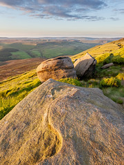 Seal Edge Side Light (matrobinsonphoto) Tags: light summer sun sunlight beautiful landscape outdoors golden evening countryside rocks snake plateau district derbyshire pass peak scout kinder hills seal valley edge hour gritstone