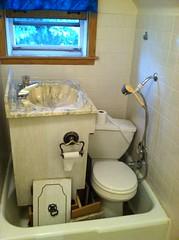 Bathroom remodel (Ernesto  Vumbles) Tags: bathroom floor sink toilet remodel