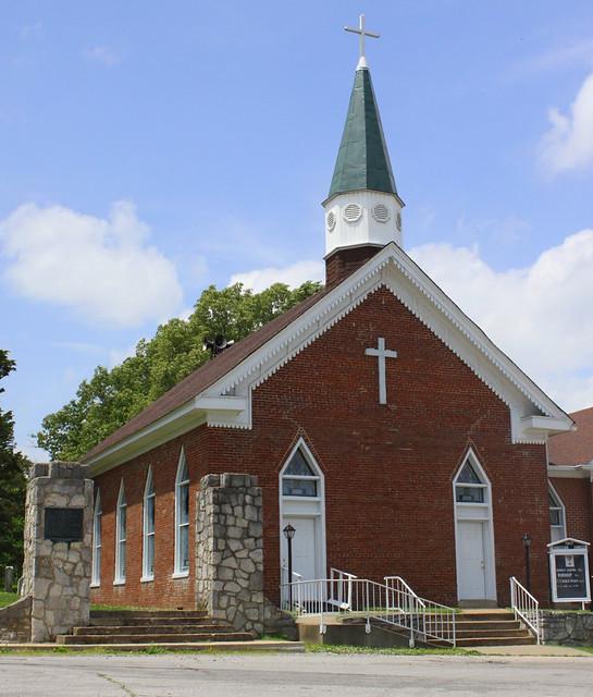 First Christian Church - Dover, TN