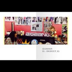 • Review • ขอบคุณสำหรับรีวิวน่ารักๆ จากน้องปัง #FC #BIGBANG ครับ จากภาพที่รีวิวมาดูท่าจะแฟนพันธ์แท้เลยนะครับ .. :) แฟนๆวง Big Bang หรือ #SuperStar ท่านอื่น สนใจสั่งทำได้นะครับผม   เราขอมอบส่วนลดให้น้องปัง 5% ในการสั่งซื้อสินค้าครั้งต่อไปครับ  สนใจสินค้าสอ