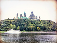 River, Ottawa, Ontario , Canada (M&M_Photography) Tags: river parliament parliamenthill hill boat buildings architecture ottawa capital ontario canada travel tourism followme picture photo