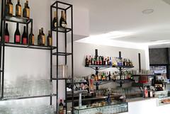 GERI_005 (fdpdesign) Tags: genova porto antico bar design portoantico shop shopdesign liguria italia arredo arredamento locali furniture ferro portabottiglie