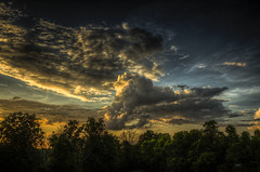 Abendsonne (Klaus Ficker --Landscape and Nature Photographer--) Tags: abendsonne sunset clouds wolken hdr usa kentucky kentuckyphotography klausficker canon eos5dmarkii